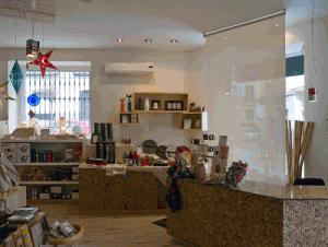 Interior de la tienda Ecomania