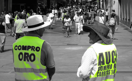 Cash-for-gold sign walkers in Madrid