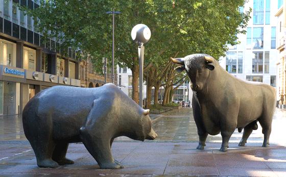Oso y toro frente a la bolsa de Frankfurt