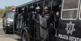 Prelude to Iguala: «Heavy-handed police tactics» used against Ayotzinapa students in 2011